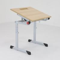höhenverstellbarer Schülertisch - neigbar